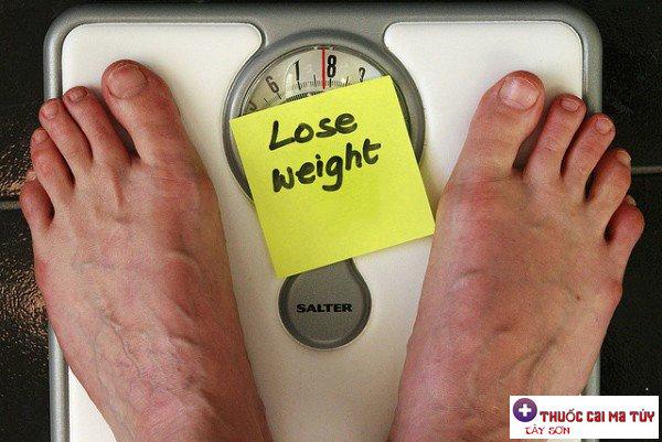 Ung thư khiến người bệnh sụt cân