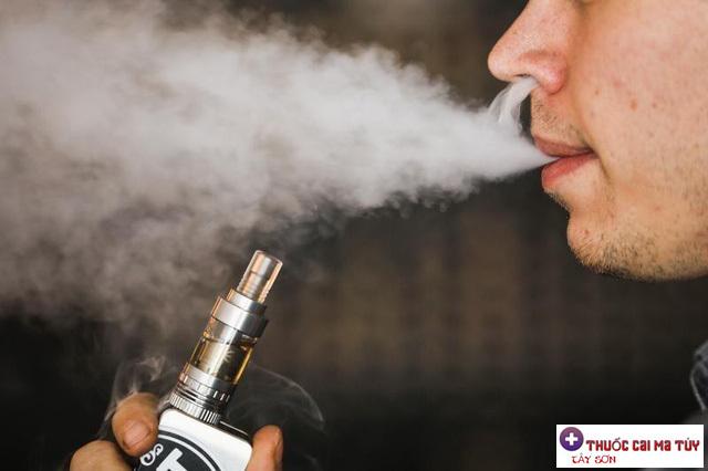 Phải mất ít nhất hai thập kỷ trở lên để một người hút thuốc phát triển ung thư phổi.